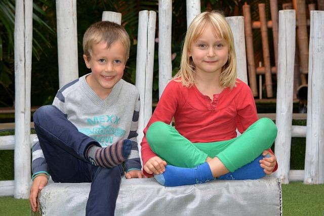 děti, kluk a holka