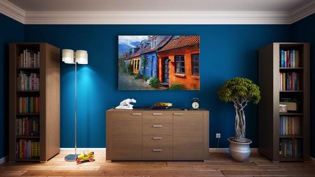 dřevěný nábytek v interiéru